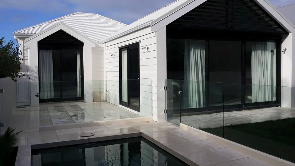 glass pool fencing 01