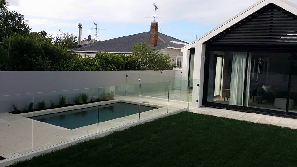 glass pool fencing 02