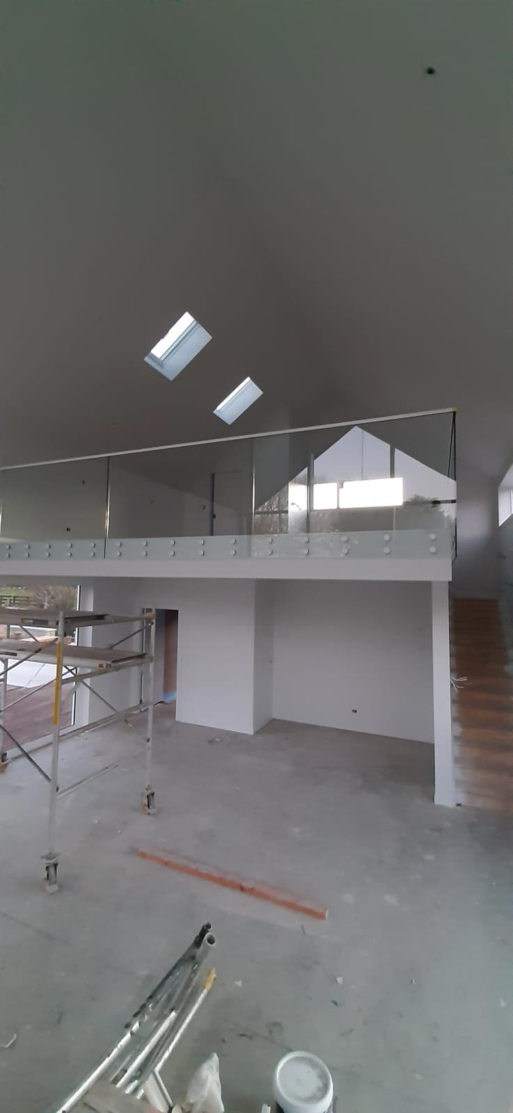 glass-balustrades-Double-Disc